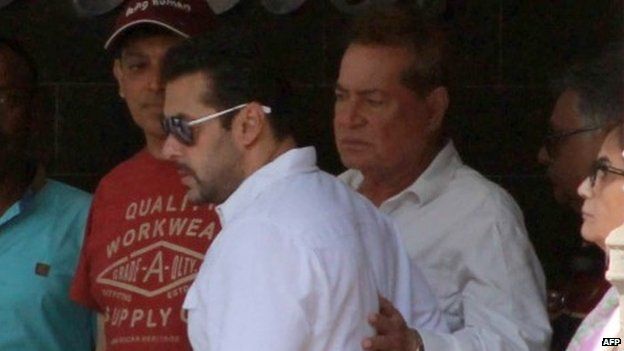 Salman Khan with father Salim Khan as he leaves home for the court on May 6, 2015