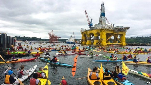 Activists surround Shell's Polar Pioneer in Seattle. Photo: 16 May 2015