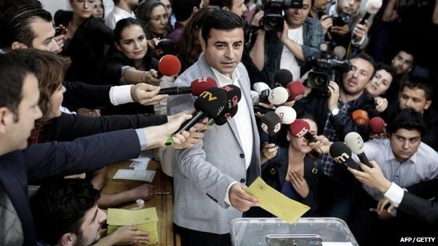 Selahattin Demirtas, co-chair of the pro-Kurdish Peoples' Democratic Party (HDP) votes in Istanbul on 7 June 2015