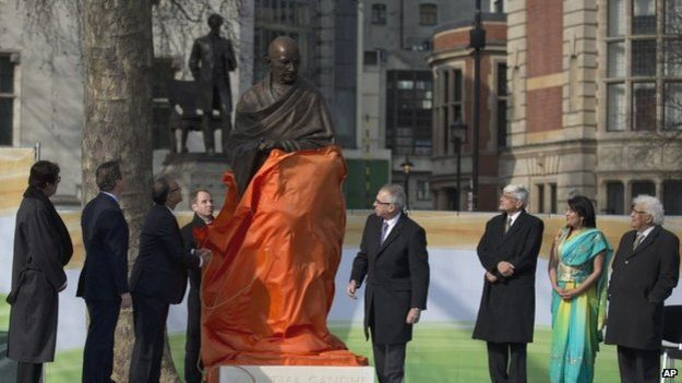 Statue of Mahatma Gandhi unveiled