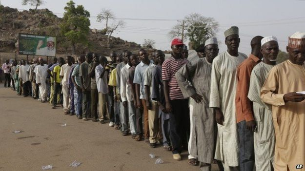 Queue of voters at Yola polling station on Nigerian election day, 28 March 2015