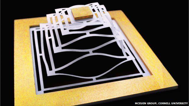 Bendy tech promise for graphene...