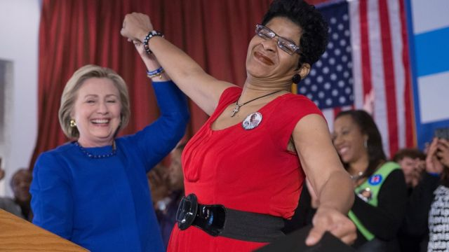 US election 2016: How Clinton and Sanders are vying for black voters