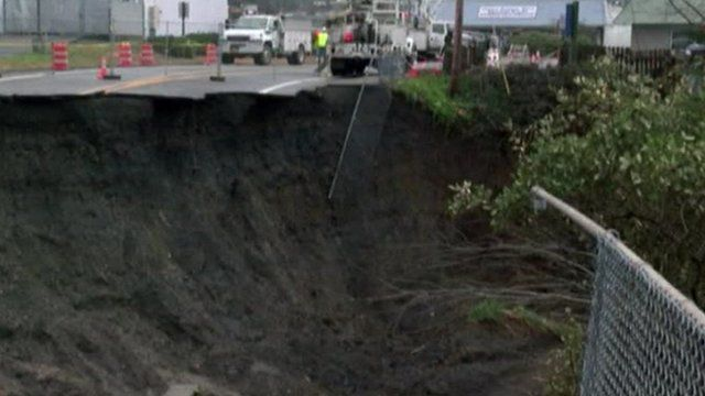 VIDEO: Giant sinkhole opens up in US road...