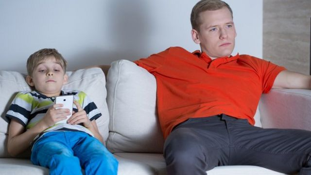 Time spent online 'overtakes TV' among youngsters
