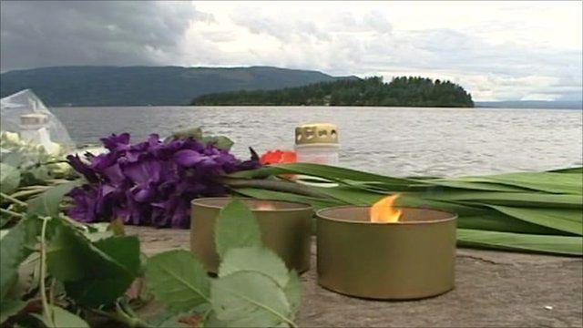 Tributes left on Utoeya island
