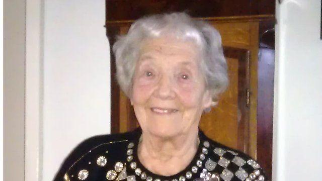 <b>Dorothy Robinson</b> - _58828154_dorothy_robinson