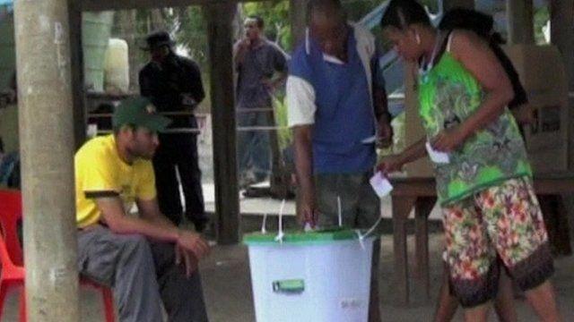 Voter in Papua New Guinea