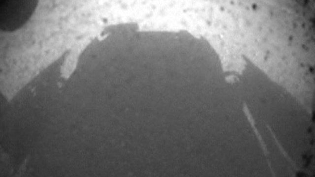 First image from Curiosity rover on Mars