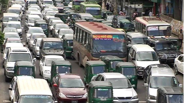 Traffic-clogged street in Dhaka