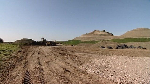 Northumberlandia taking shape in Cramlington