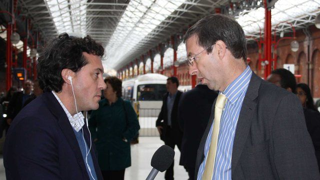 Rob Brighouse Managing Director of Chiltern Railways with Simon Jack at Marylebone Station
