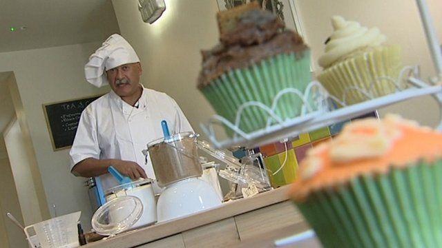John Pienaar making cakes