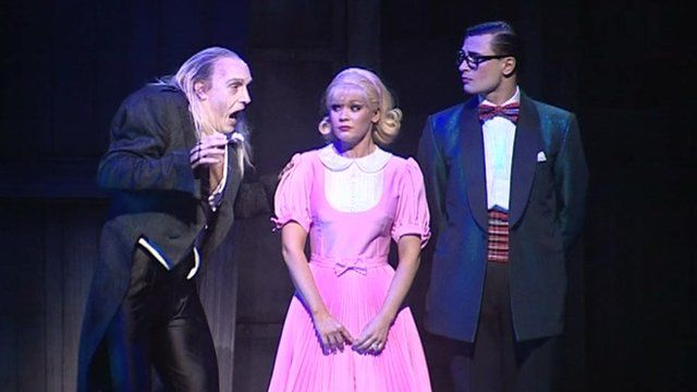 A scene from Rocky Horror Show (2006)