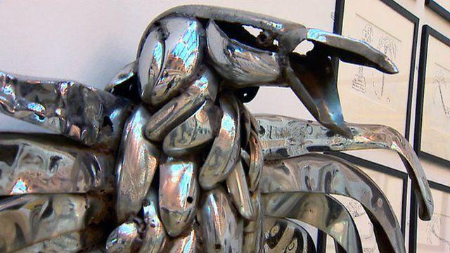 Eagle sculpture by George Wyllie