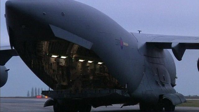 C17 being loaded in Paris with supplies