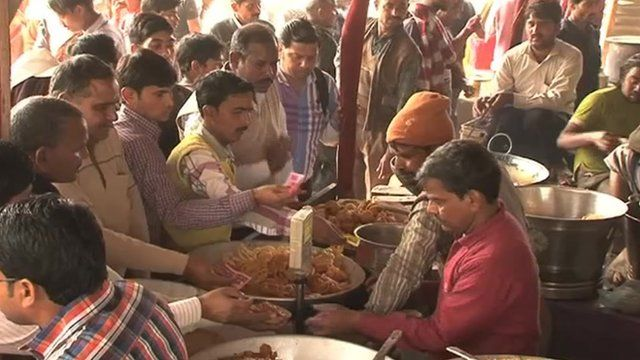 Busy traders at India's Kumbh Mela festival