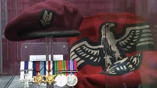 Souvenirs of Captain Cecil Riding's time as an SAS soldier