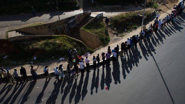 Queue in downtown Nairobi