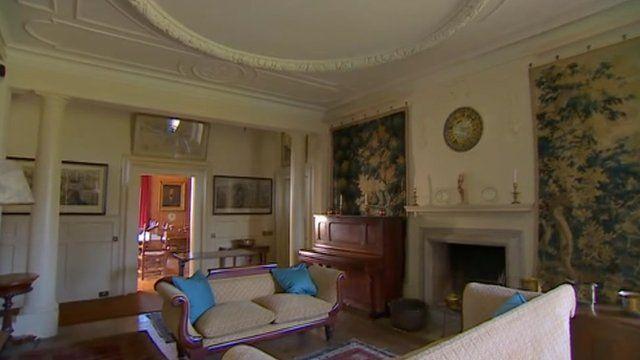 Owletts interior