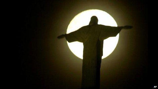 Christ statue in Rio de Janeiro