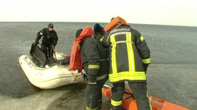 Fisherman rescued from ice floes in Latvia