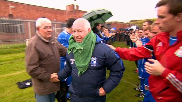 Manager receives guard of honour