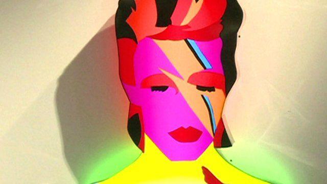 A light box sculpture of David Bowie