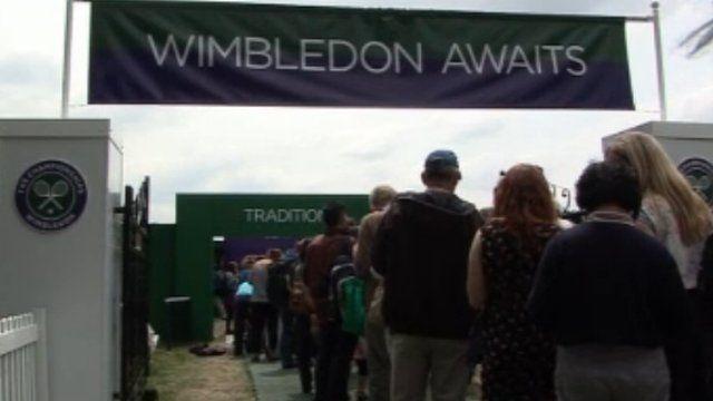 People queue to enter Wimbledon