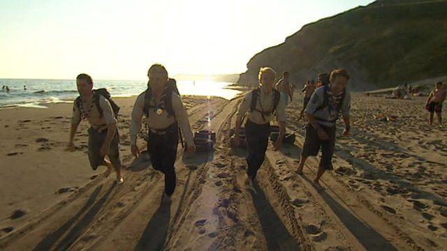 Pole trek scouts