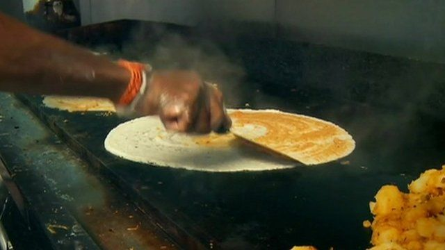 Man making dosa