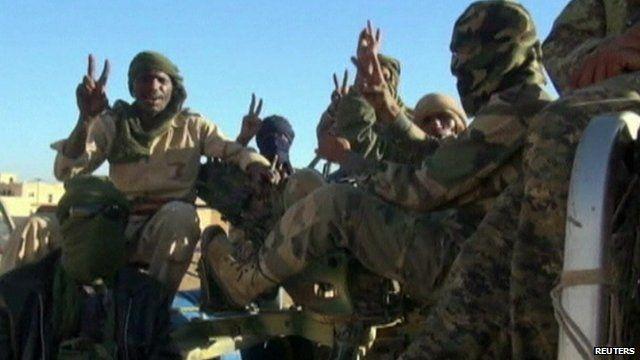 Tuareg rebels in military clothing
