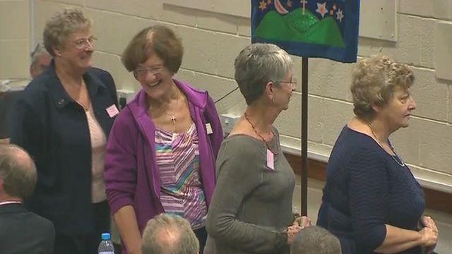 Women delegates at the vote