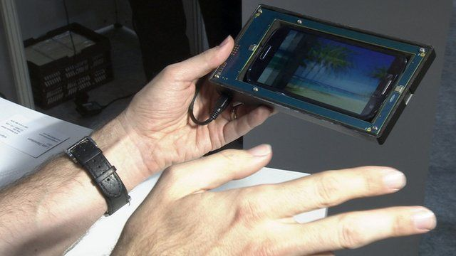 Controlling a tablet by hand gestures