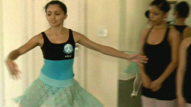Principal dancer Geyza Pereira