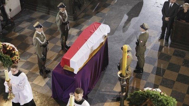 The coffin of Poland's first post-communist prime minister