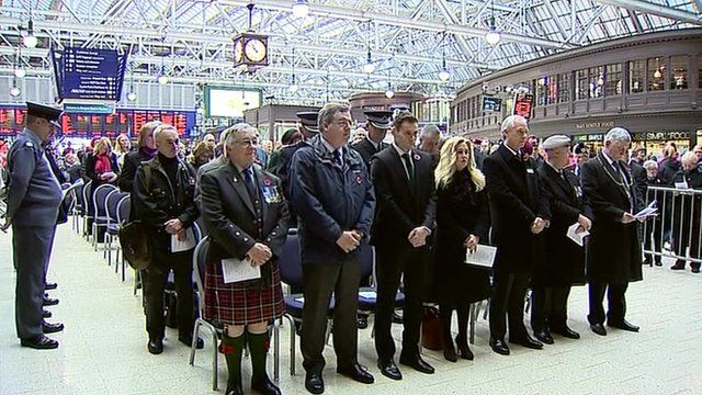 Armistice marked at Glasgow Central Train Station