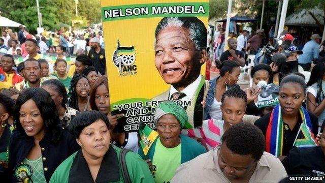 People in Soweto mourn Mandela