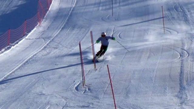 Luke Steyn skiing