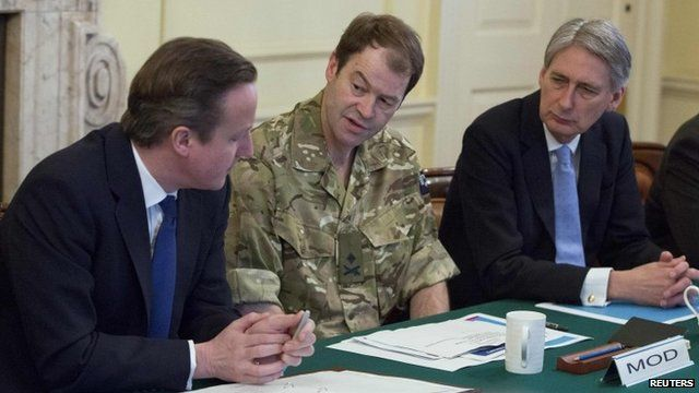 David Cameron, Maj Gen Patrick Sanders and Philip Hammond