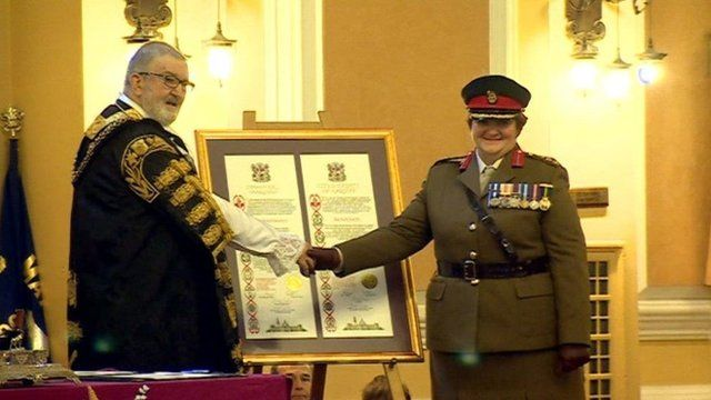 The Lord Mayor of Cardiff, Cllr Derrick Morgan, and Col Tina Donnelly
