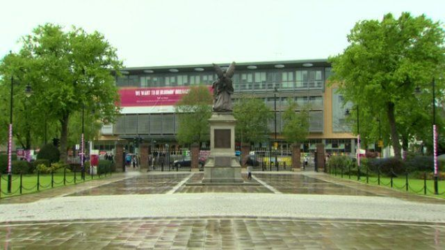 The motion stated that the students' union was an inclusive and neutral space