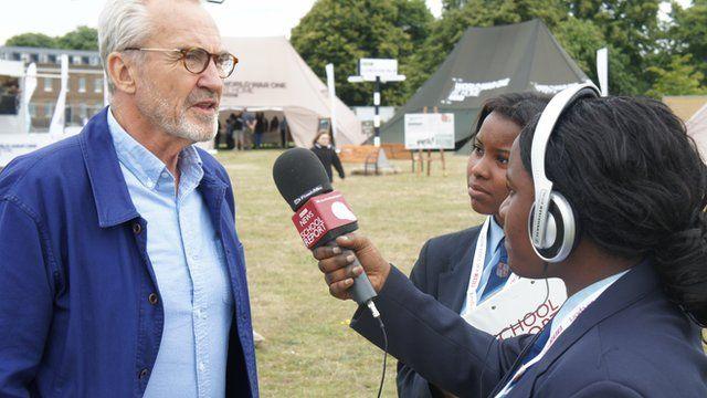 School Reporters interview Larry Lamb