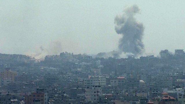 Smoke seen in Gaza - 1 August 2014