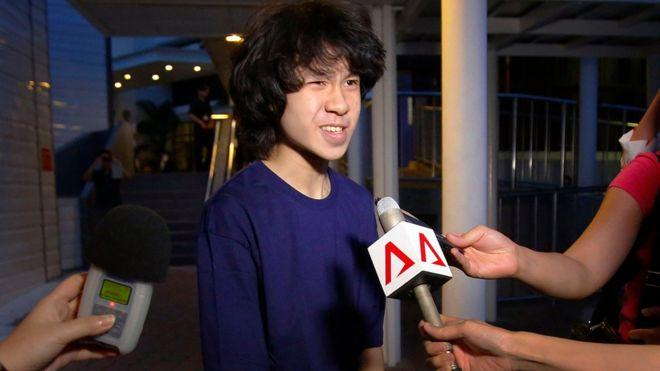 新加坡讽刺李光耀少年在美国申请政治庇护