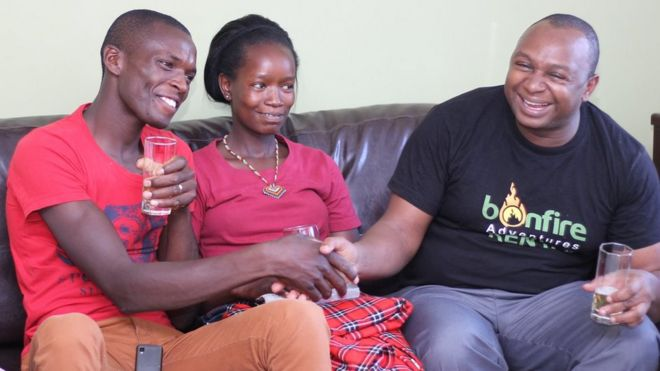 Wanandoa waliofanya harusi ya shilingi za kenya 100
