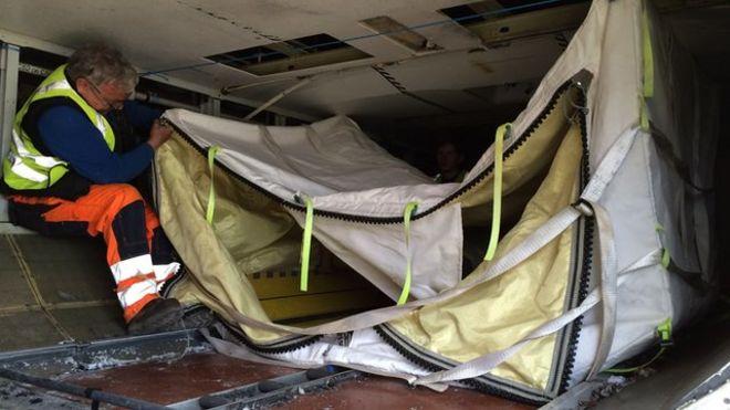 Aircraft bomb bag