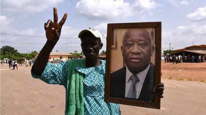 Les signataires de la pétition réclament la libération de Laurent Gbagbo estimant qu'elle va permettre de réconcilier les ivoiriens.