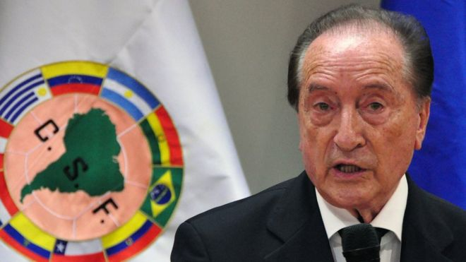 The South American Football Confederation (CONMEBOL) acting president, Uruguayan Eugenio Figueredo, speaks during a press conference on April 30, 2013, in Luque, Paraguay