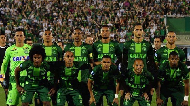 Resultado de imagem para fotos do time da Chapecoense